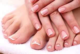 Fave Promo Code: 40% off $22 Classic Manicure and Pedicure with Fave discount code PRETTYPLS!